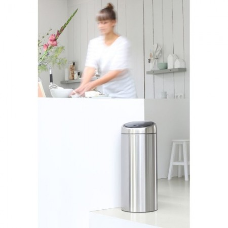 Roskis 30 L Touch Bin BR378669 1