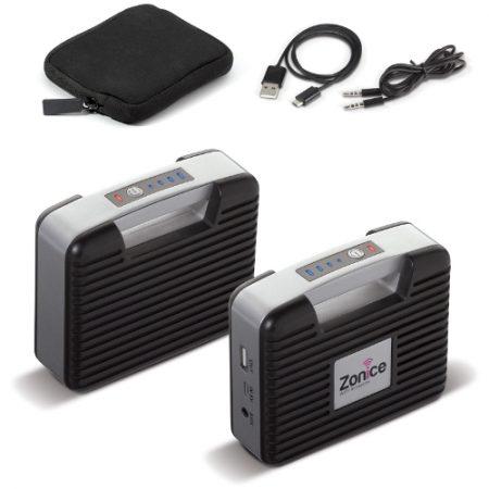 Vibe on matka-akku (6000mAh) ja kaiutin yhdistettynä samaan jämäkkään designiin. Kuuntele musiikkia tai lataa älylaitteesi myös ulkona. Kätevässä neopreenipussissa mukana USB latauskaapeli sekä 3,5 mm audiokaapeli.