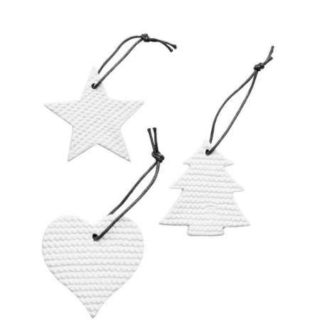 Kivitavarasta valmistetut joulukoriste lajitelma. Ihastuttava ja juhlava lahja kauniissa lahjapakkauksessa. Pakkauksessa sydän, kuusi ja tähti.